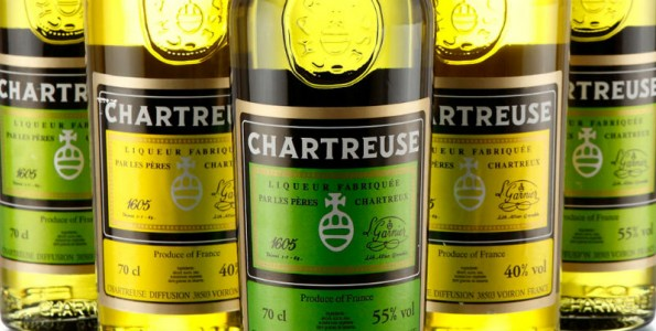 La coctelería celebra el Chartreuse day