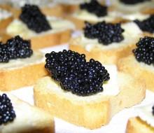 Caviar con blinis