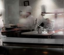 Dani García inicia la temporada abriendo las puertas de su cocina