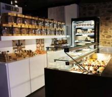 Torreblanca inaugura nueva pastelería