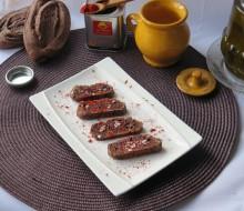 Pan de chocolate con pimentón agridulce