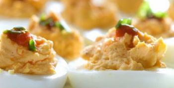 Huevos rellenos con atún
