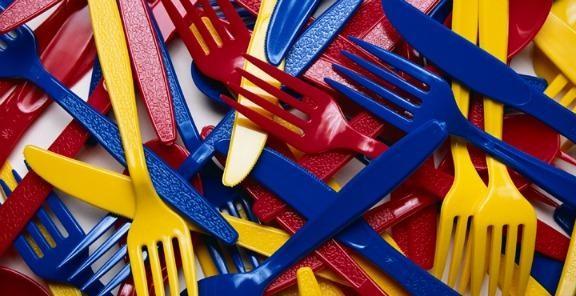 Los cubiertos influyen en el sabor de los alimentos