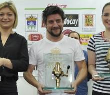 Adrián Fernández prepara los mejores cafés