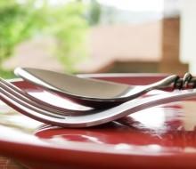 Normas básicas para utilizar los cubiertos en la mesa