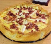 Quiche de queso de cabra, bacon y cebolla