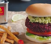 Hamburguesa vegana con chips de calabacín