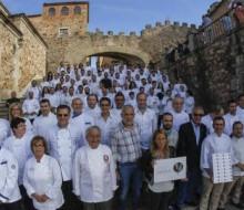 Doce chefs extremeños preparan la cena de los Premios de la OMT