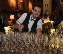 Cócteles y juventud en Cava Night Madrid