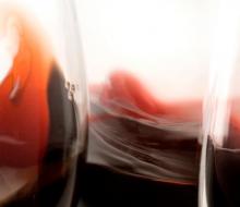 Menos producción y más precio para los vinos españoles en el exterior