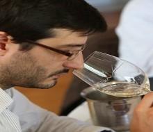 Joaquín Hidalgo: perfil de un experto vinómano